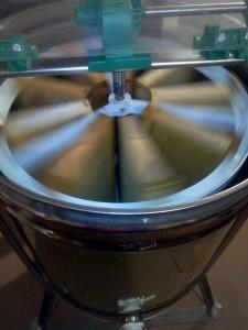 centrifuga smielatura Apicoltura ApoIDEA
